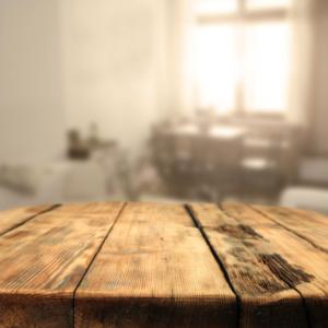 Artesanía Bejarano foto-tablon-madera-para-noticias-300x300 La madera : la base de tu construcción sostenible. Noticias